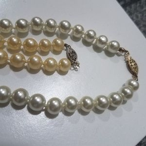 Vintage faux pearls silver clasps high quality